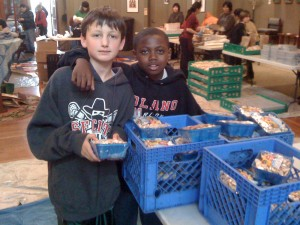 Students volunteer at The Food Pantry